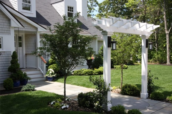 Front yard arbor entry